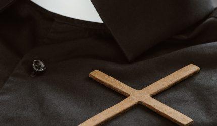 Sylwetki kapłanów